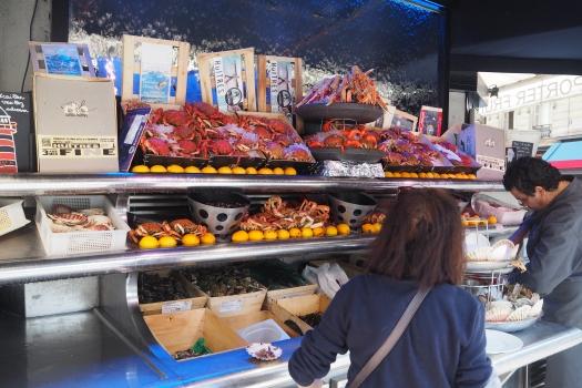 Roadside Seafood Eatery